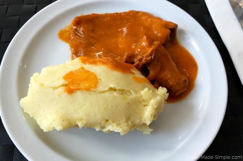 Lisboa Food Tour Review - Vitela