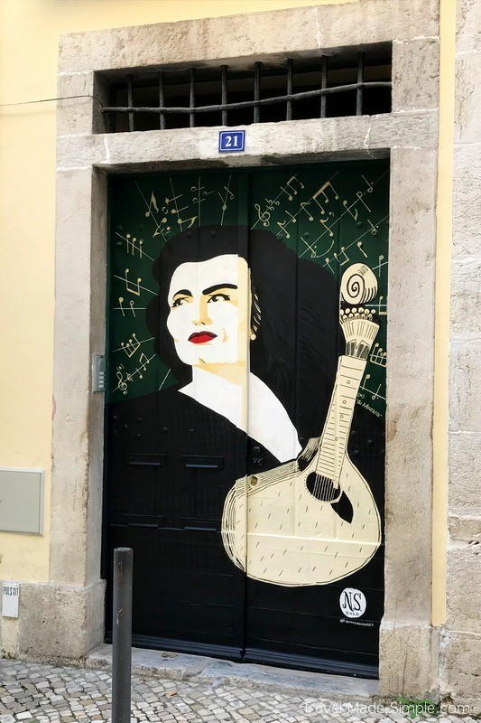 Lisboa Food Tour Review - Fado Street Art