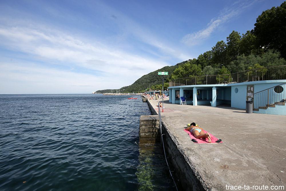 Praia de Trieste em Viale Miramare
