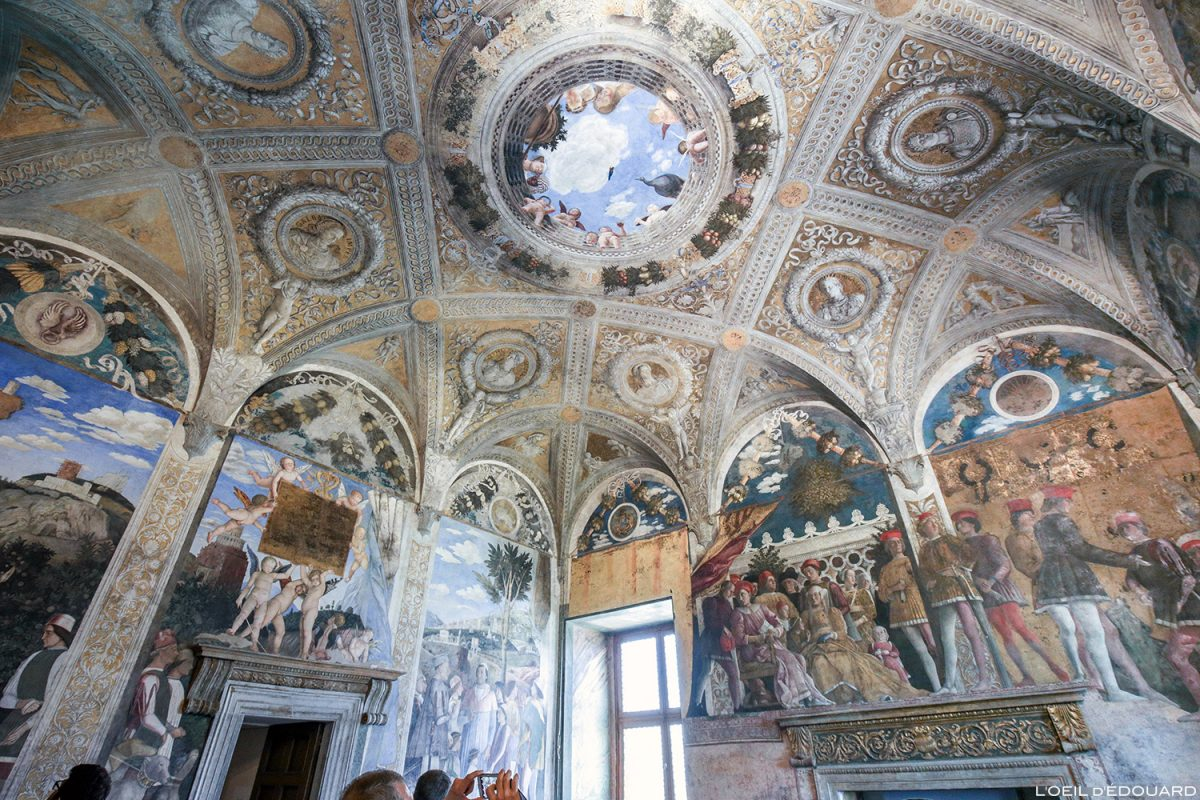 A noiva e o noivo, Palazzo Ducale, Mantua Itália - afrescos de Andrea Mantegna / La Camera degli Sposi (1465-1474) Palazzo Ducale em Mântua, Itália Pintura de piso da Itália