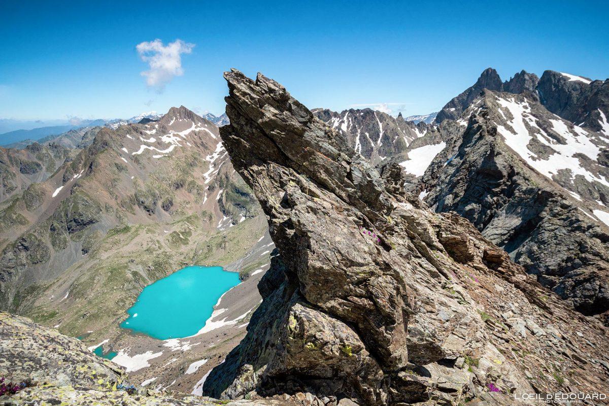 Lago Blanc Caminhada Grande Lance de Domène Belledonne Isère Alpes França Paisagem montanhosa Caminhadas ao ar livre Alpes franceses Paisagem do lago montanhoso