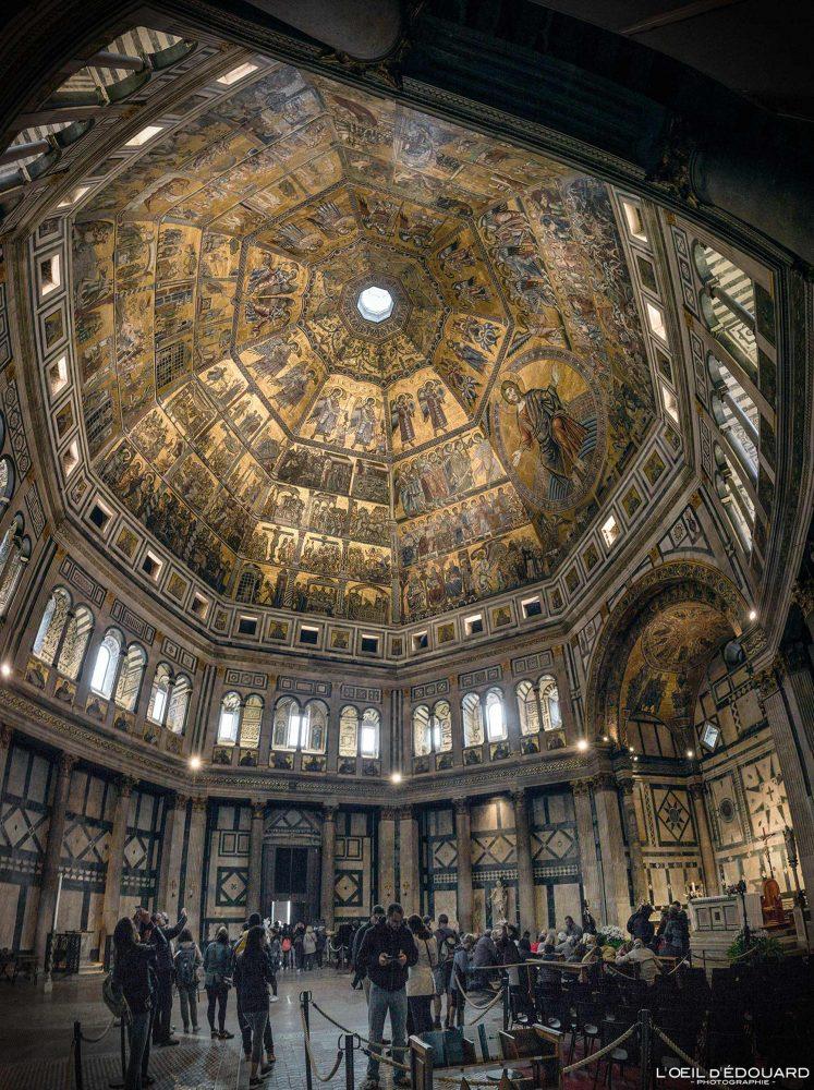 Visita interior Teto de mosaico Batistério de San Giovanni Florença Toscana Itália - Batistério de San Giovanni Florença Toscana Itália Cidade Toscana Itália Teto arquitetônico