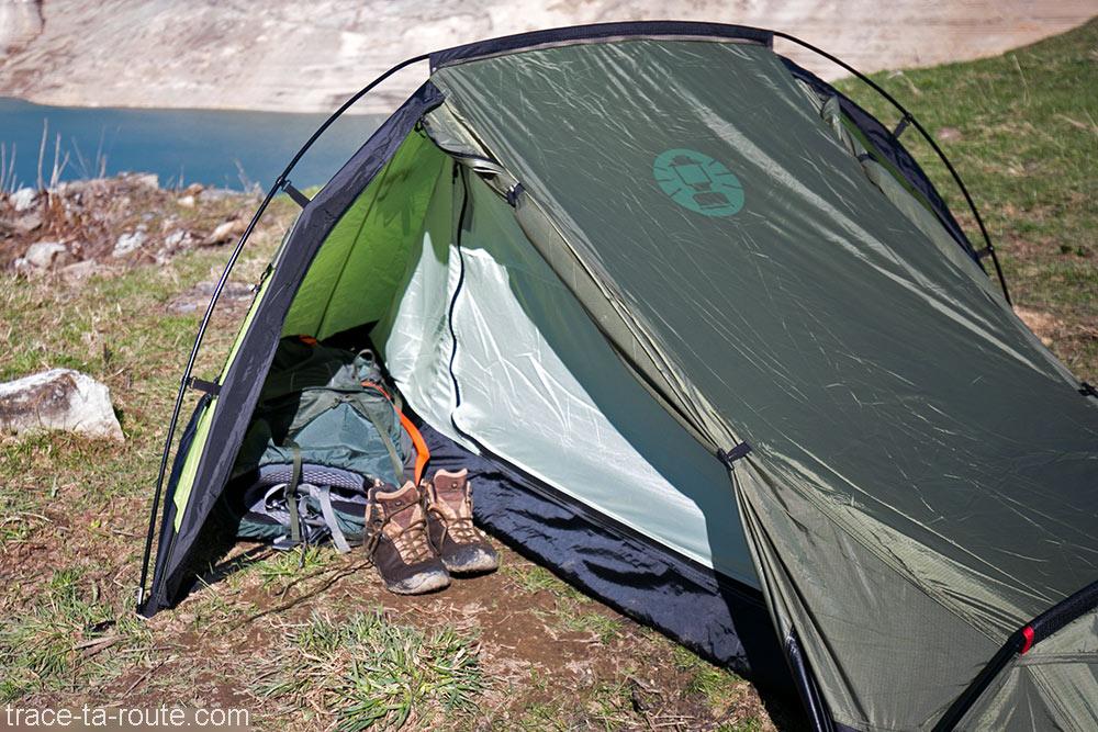 Teste da tenda Aravis 2 Coleman - Seitenapse Camping Bivouac Mountain Trekking ao ar livre