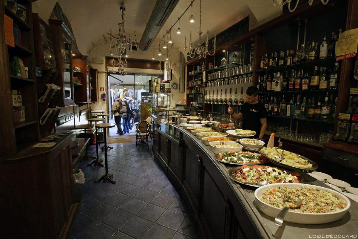 Aperitif Caffè ChiarOscuro - Firenze, Itália / Firenze, Itália Itália