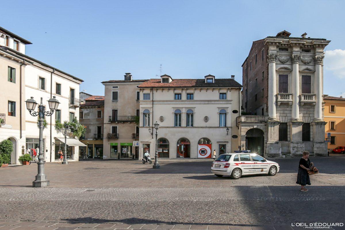 Piazza Castello Vicenza Itália Vêneto - Port Breganze Vicenza Itália Vêneto Itália Arquitetura de edifícios Andrea Palladio