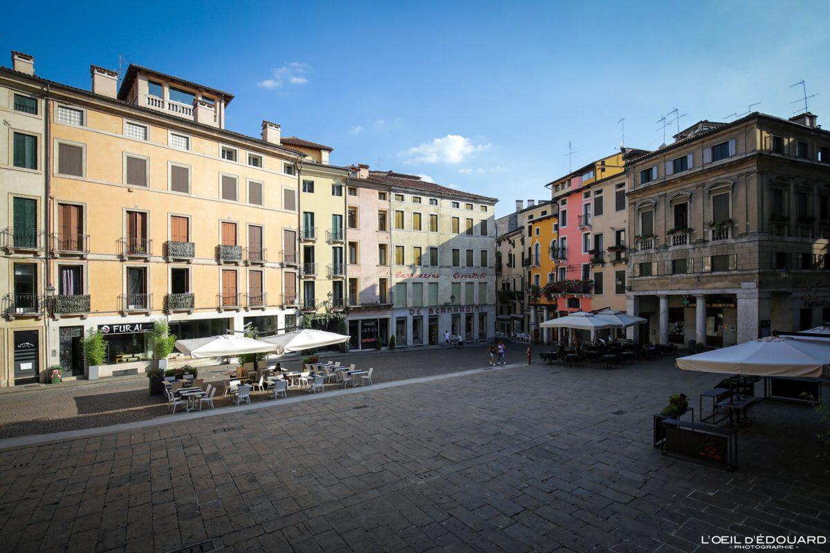 Piazza Vicenza Itália Vêneto - Piazza delle Erbe Vicenza Itália Vêneto Itália Arquitetura italiana local