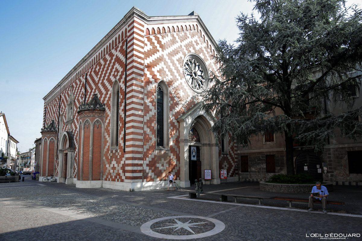 Igreja de Vicenza Itália Vêneto - Igreja Paroquial de Santa Croce ai Carmini em Vicenza Itália Vêneto Igreja Itália