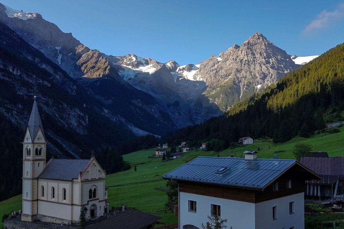 Trafoi e Mont Ortler - Paisagem Alpes montanhosos Ciclismo Col de Stelvio Itália Alpes Italianos Paisagem Rota das montanhas Itália Ciclismo ciclismo Itália Passo Stelvio