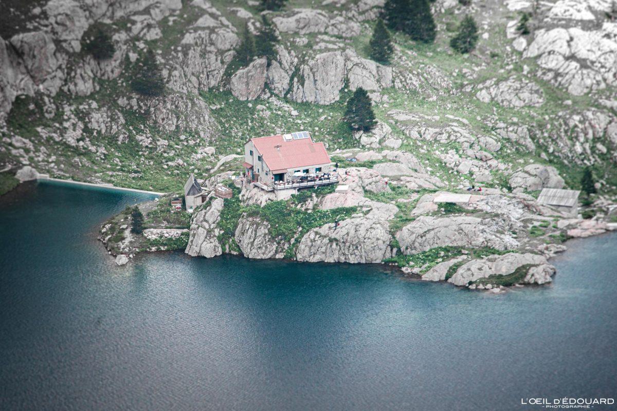 Refuge de Valmasque Lac Vert - Maciço du Mercantour Alpes-Maritimes Provença-Alpes-Côte d'Azur / Paisagem Caminhada na montanha Paisagem ao ar livre Montanha no lago Caminhada Caminhada Caminhada Trekking