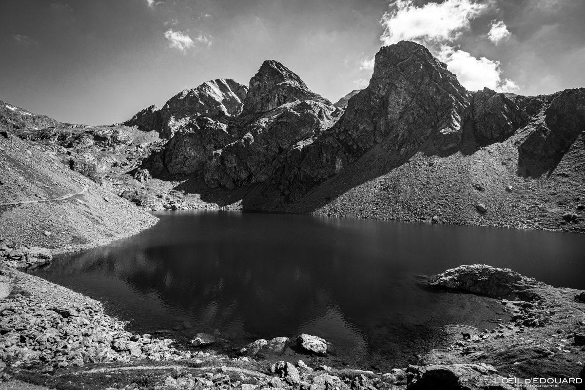 Alpes Franceses Caminhada Caminhada Lac du Crozet et Roche Fendu Belledonne Isère Alpes franceses Paisagem montanhosa