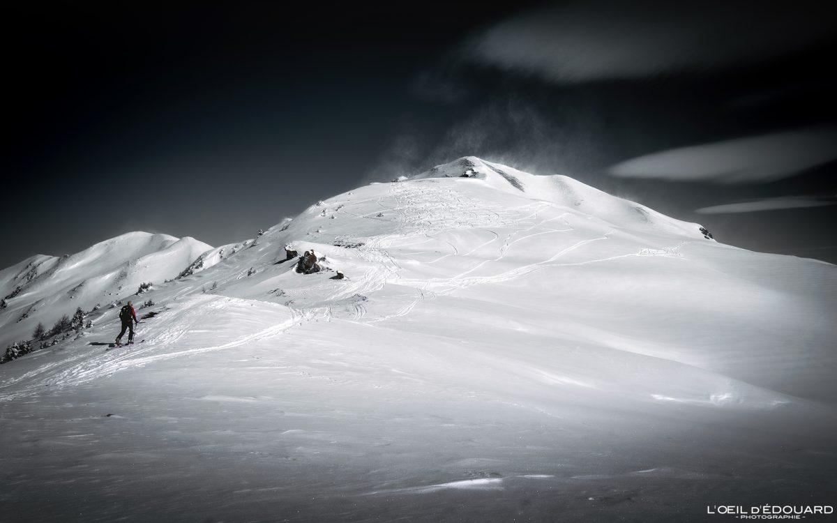 Alpes franceses Montanha Alpes franceses Paisagem montanhosa Montanha Neve de inverno Esqui de esqui Maciço Le Quermoz Beaufortain Montanha Neve de inverno