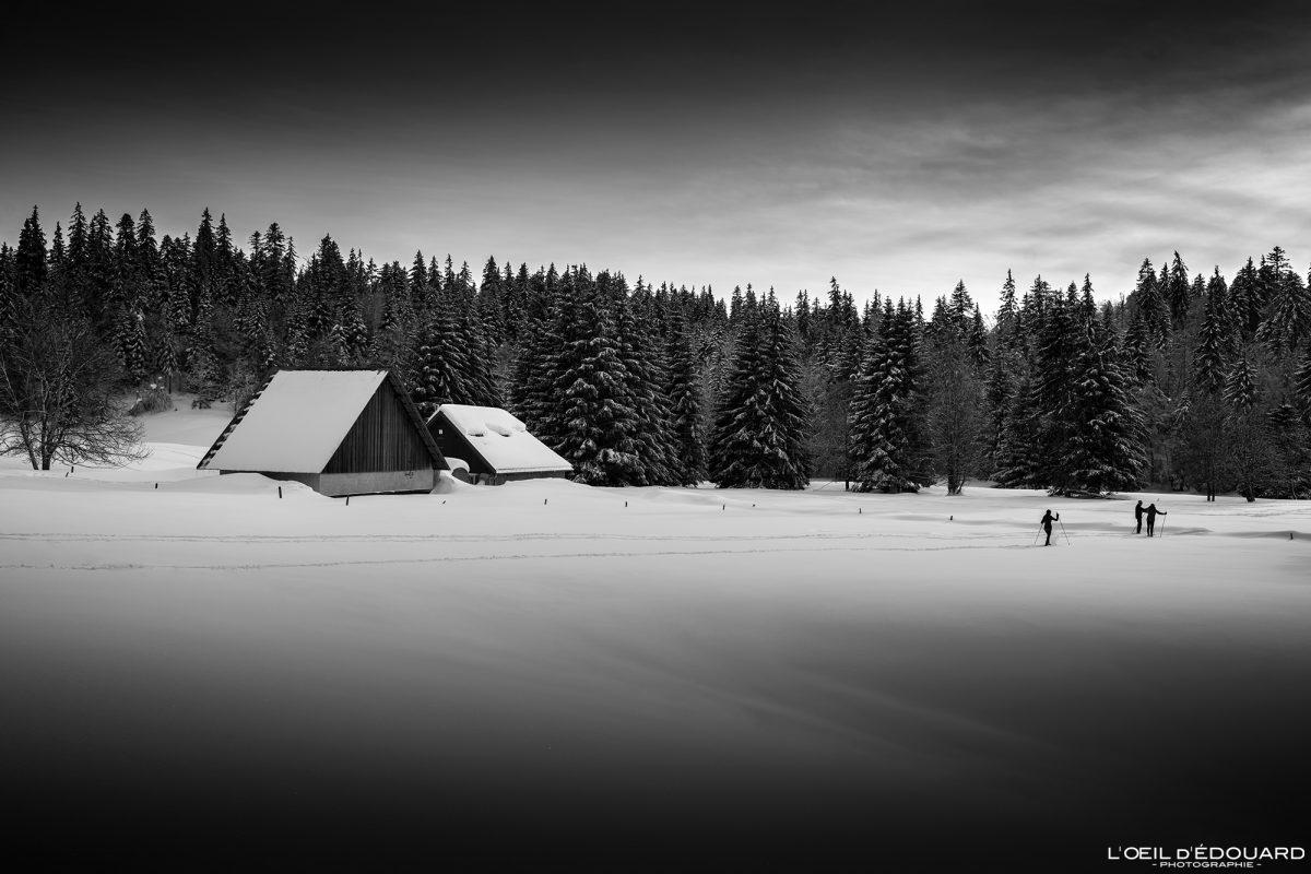 Chalés Gralette Le Revard Maciço des Bauges Savoie Alpes Paisagem Montanha Inverno Neve França Inverno Neve ao ar livre Alpes franceses Paisagem montanhosa