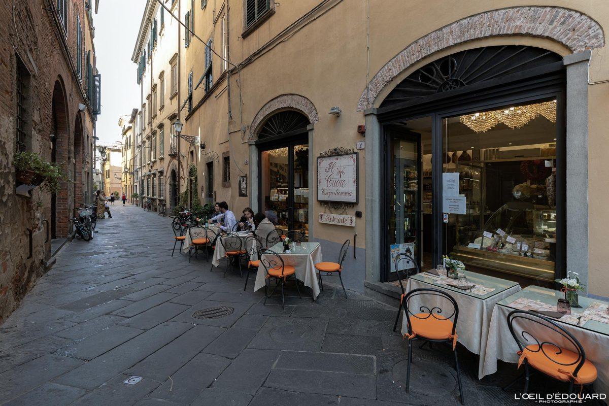 Restaurante Lucca Toscana Itália Viagem Turismo - Restaurante The Heart Via del Battistero Lucca Toscana Viagem Itália Toscana