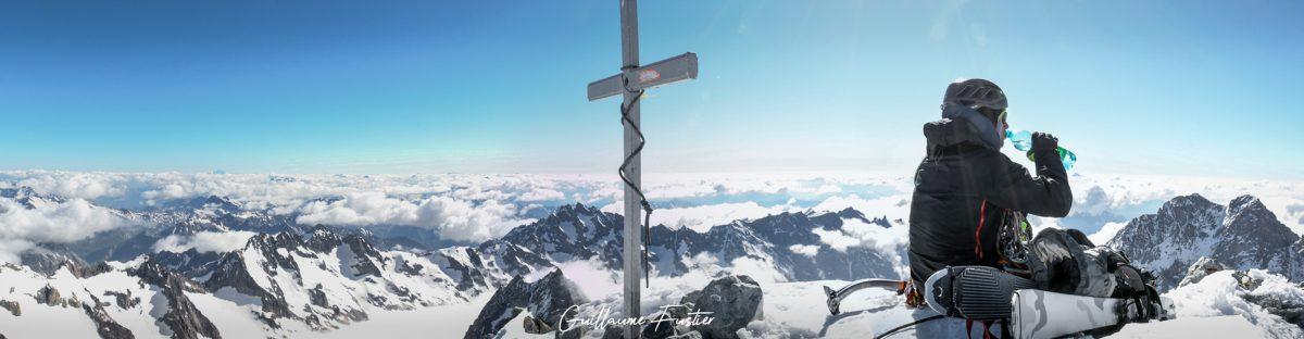 Sommet Barre des Ecrins Montanhismo Altos Alpes Montanha rural França Alpinismo ao ar livre Alpes franceses Montanha Paisagem Manhã Cores do pôr do sol