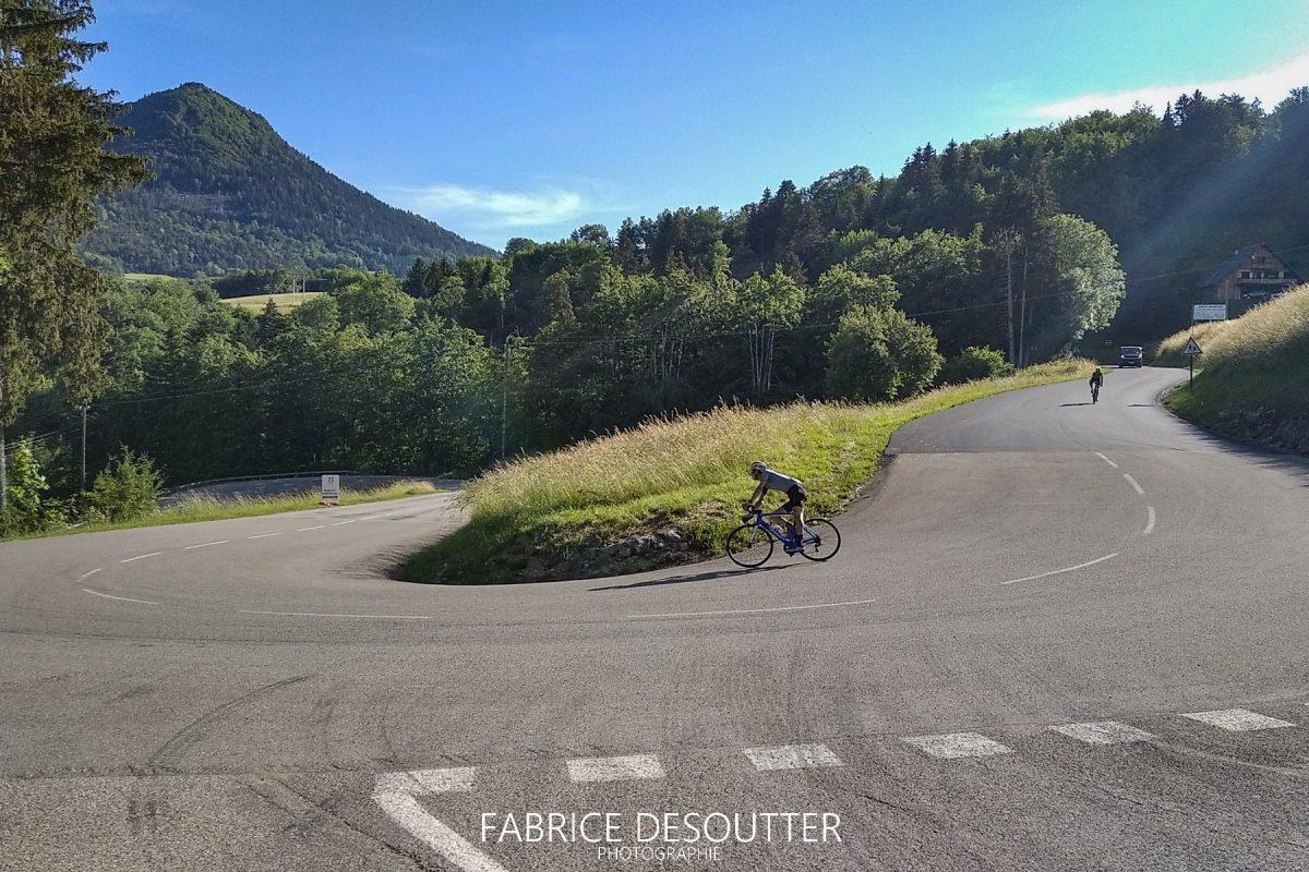 Ciclovia Col du Granier Maciço de la Chartreuse Alpes Savoy França - Paisagem montanhosa Alpes franceses Paisagem montanhosa Bicicleta de corrida