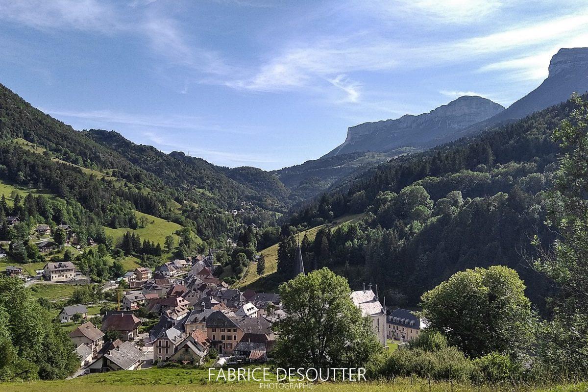 Saint Pierre d'Entremont Maciço Chartreuse Savoie Alps França - Paisagem montanhosa Alpes franceses Paisagem montanhosa ao ar livre