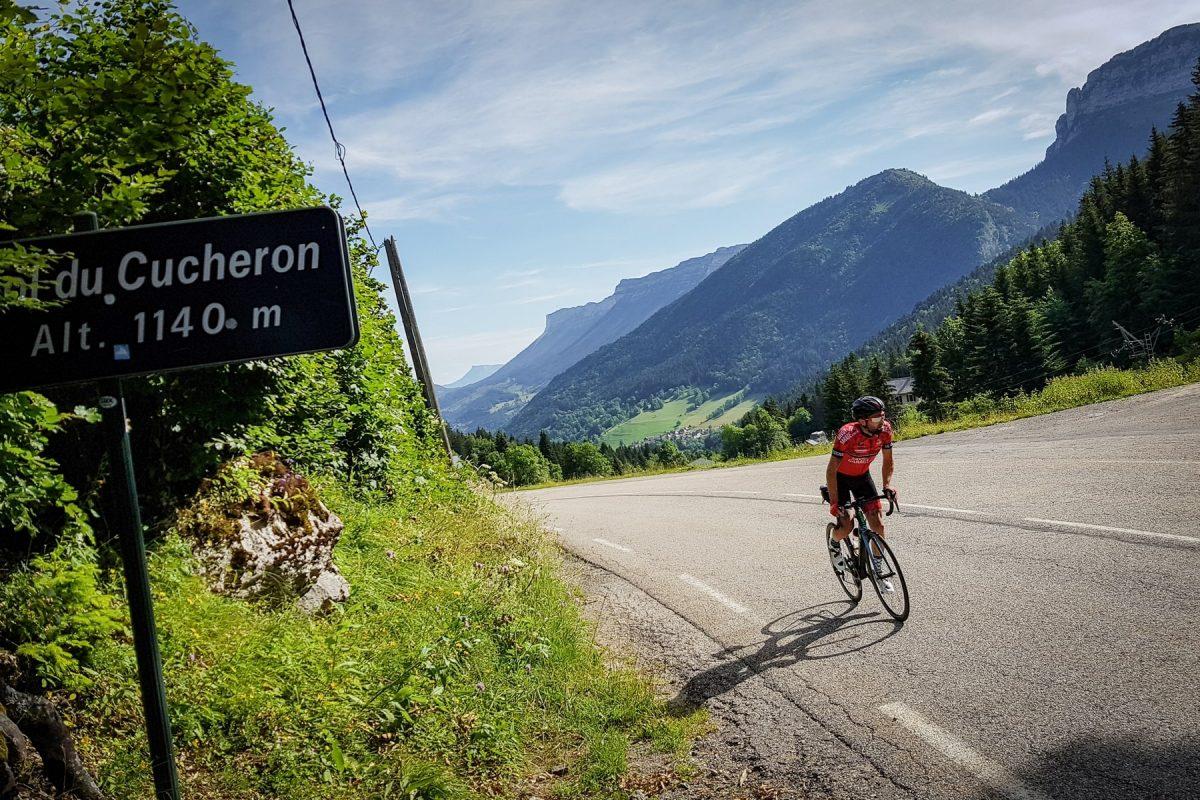 Ciclismo Ciclismo Col du Cucheron Maciço de la Chartreuse Isere Alpes França - Paisagem montanhosa ao ar livre Alpes franceses Paisagem montanhosa bicicleta de corrida
