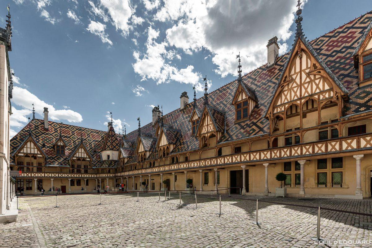 Visite o Hôtel-Dieu Hospices de Beaune na Borgonha, na França