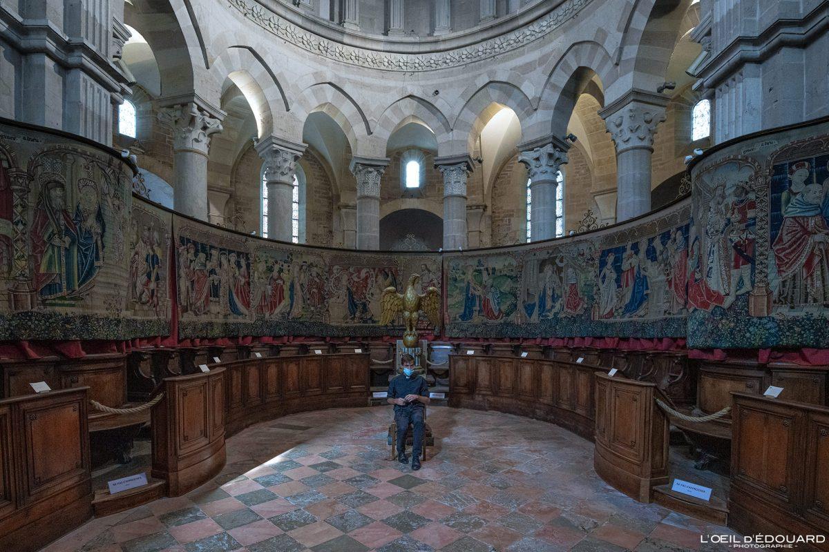 Tapeçarias de altar Basilique Notre-Dame Beaune Burgundy França Igreja gótica Arquitetura gótica