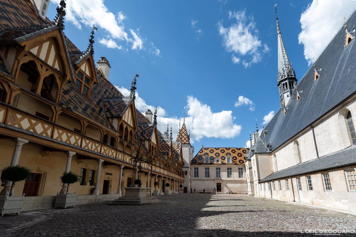 Cour d'Honneur Hotel-Dieu Hospize de Beaune Arquitetura da Borgonha França