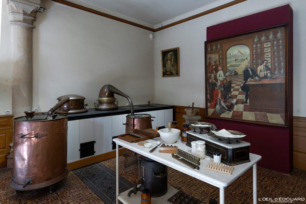 Laboratório farmacêutico Hôtel-Dieu Hospices de Beaune Burgundy França arquitetura