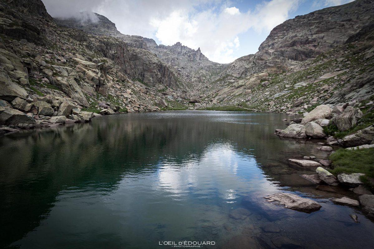 Vallée des Merveilles - Maciço du Mercantour Alpes-Maritimes Provença-Alpes-Côte d'Azur / Paisagem Caminhada na montanha Paisagem ao ar livre Lago de montanha Caminhada Caminhada Caminhada Trekking