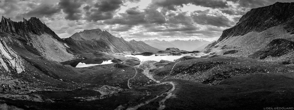 Os lagos de La Forclaz, a paisagem montanhosa dos Alpes Le Beaufortain Savoie