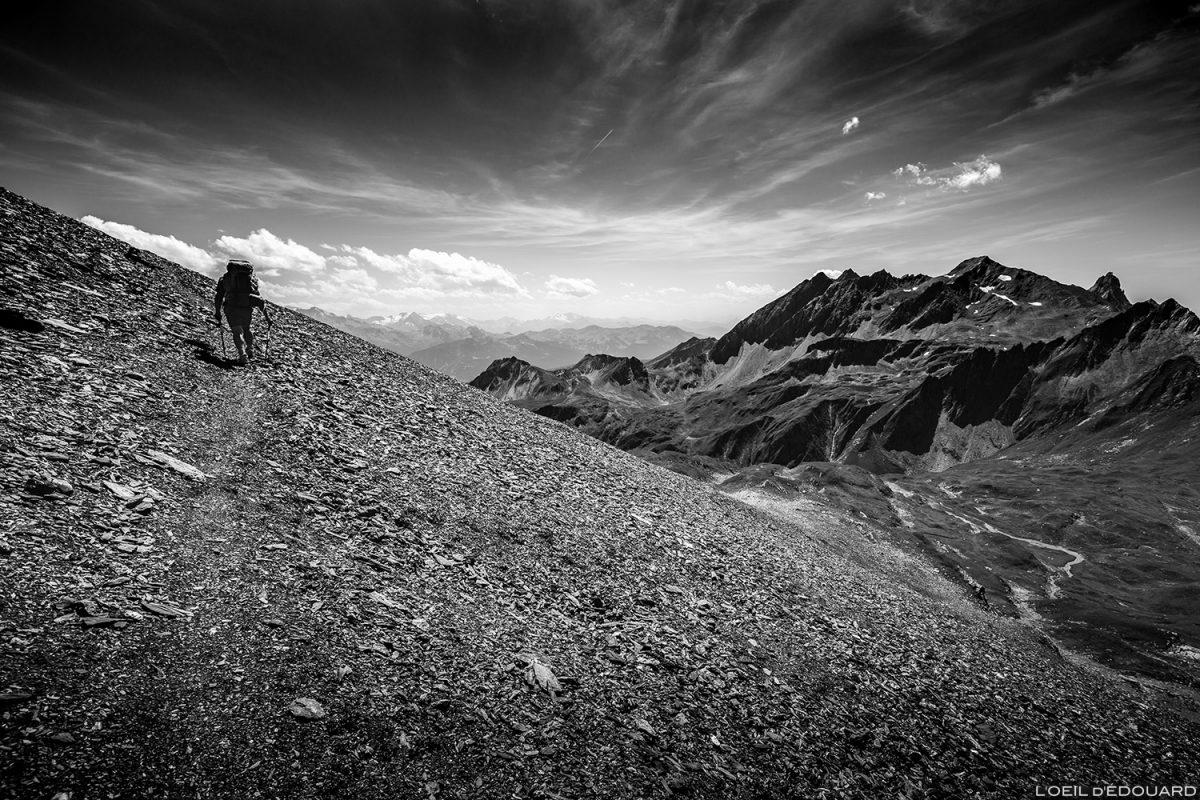 O Beaufortain cruza a pedra abaixo da ponta do Terrasse e entra em Savoy.  Mountain Alps © L'Oeil d'Édouard - Todos os direitos reservados