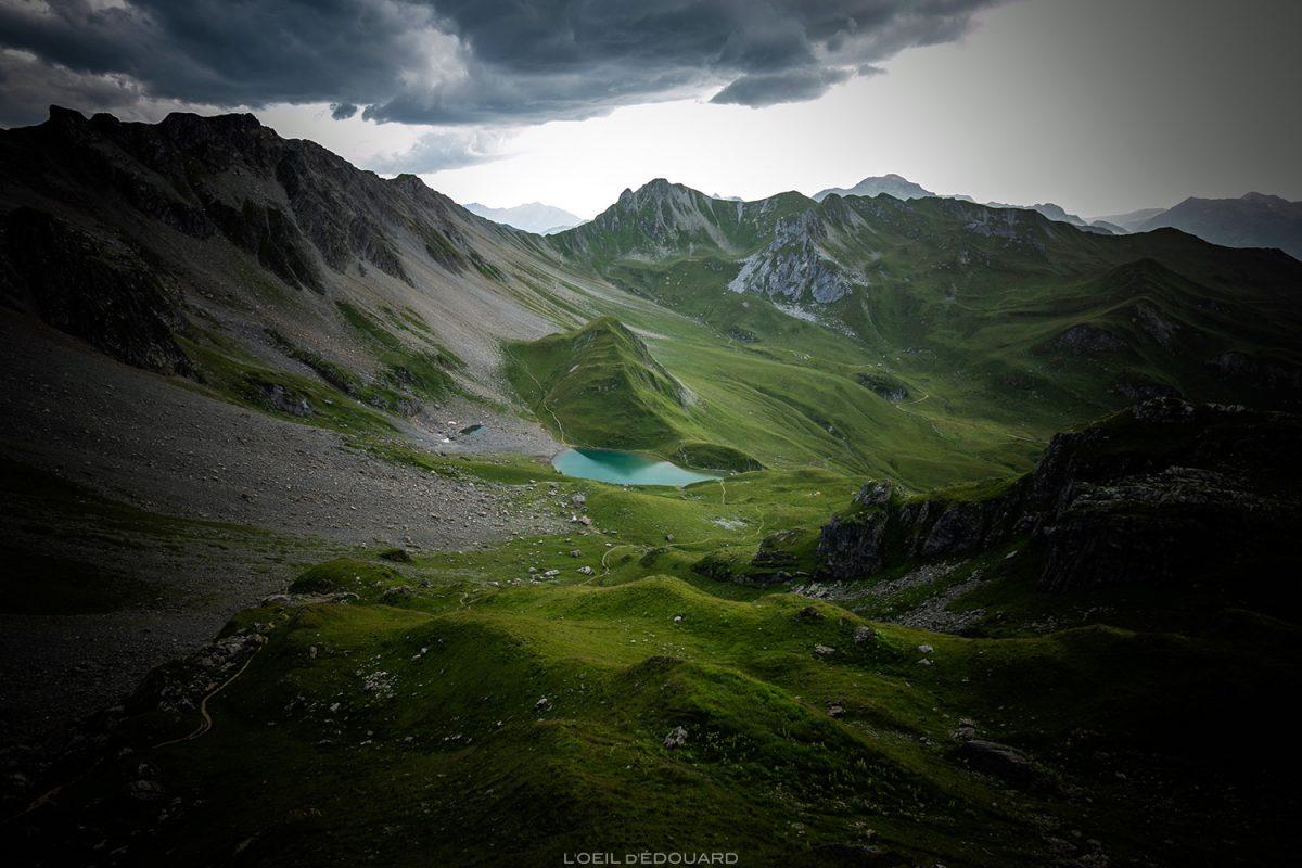 Le Lac d'Amour, Le Beaufortain Savoy Paisagem Alpes montanhosos © L'Oeil d'Édouard - Todos os direitos reservados