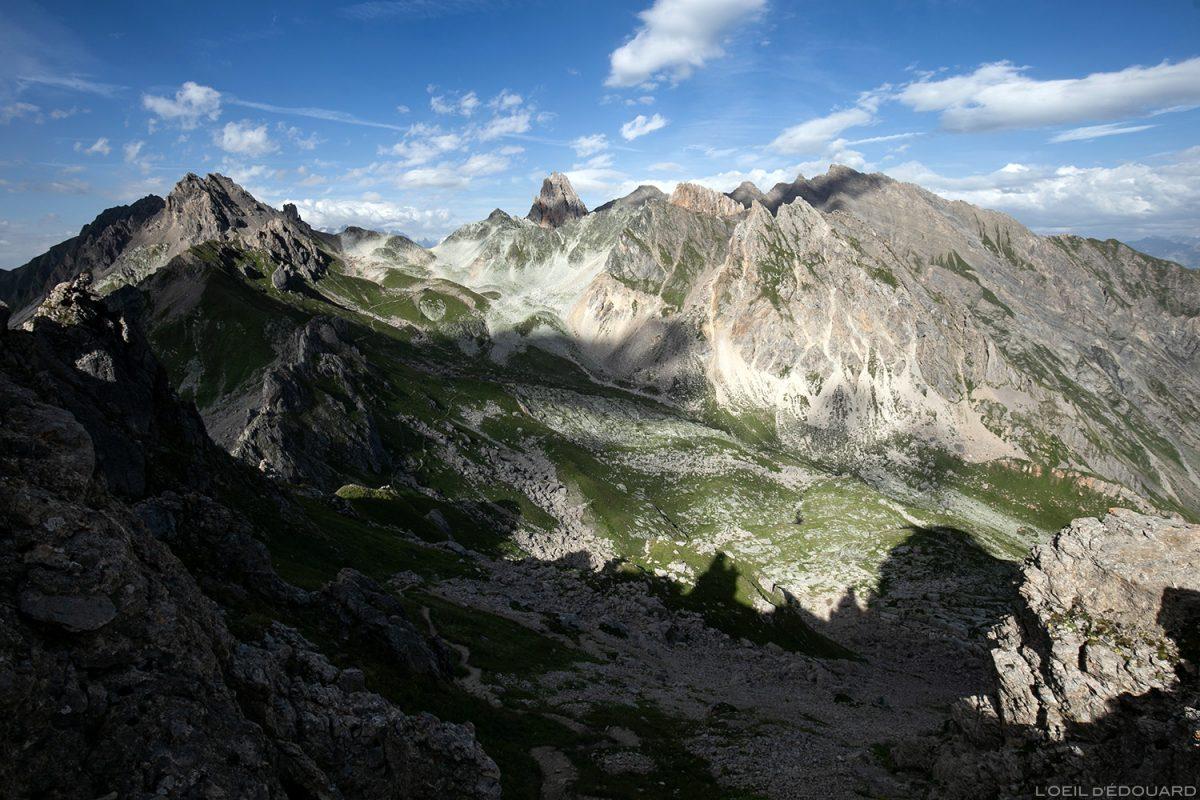 La Balme du Refuge de Presset com a Aiguille de la Nova e Le Roignais du Passeur de Mintaz (Col à Tutu), paisagem montanhosa dos Alpes Le Beaufortain Savoie