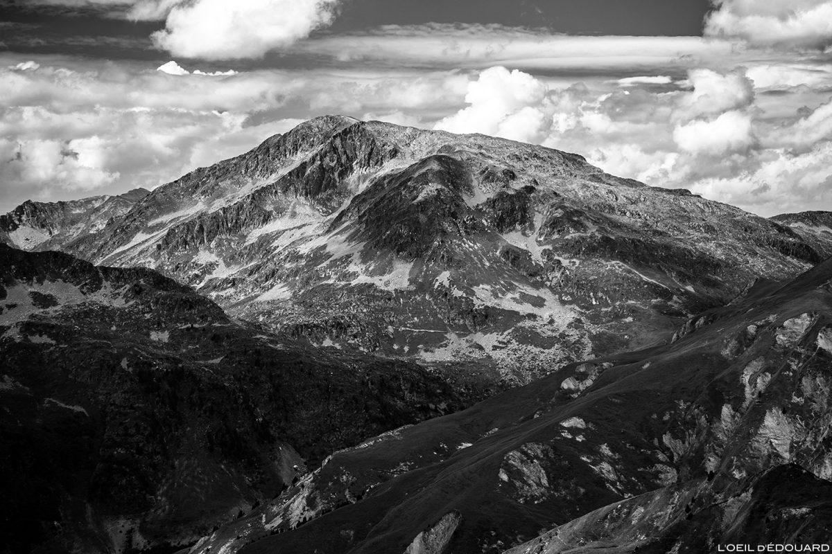 O Grande Monte do cume da Pointe de Dzonfié - Le Beaufortain Savoie Paisagem dos Alpes Montanhosos © L'Oeil d'Édouard - Todos os direitos reservados