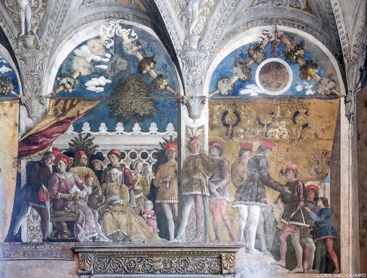 Afresco de Andrea Mantegna, Salão das esposas, Palazzo Ducale, Mântua Itália - Afresco no pátio, La Camera degli Sposi (1465-1474) Palazzo Ducale em Mântua, Itália Pintura Itália