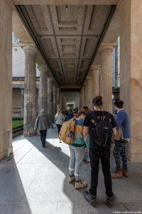 Museu Queue Pergamon - Museumsinsel Berlin Alemanha / Pergamonmuseum Museumsinsel Deutschland Alemanha