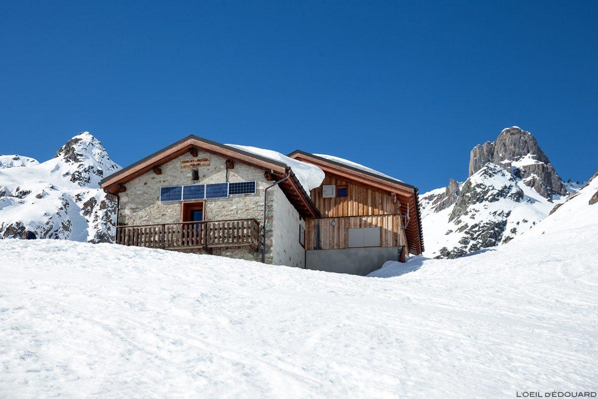 Le Refuge de la Balme et Pierra Menta no inverno - Maciço du Beaufortain, Savoie / esqui na paisagem montanha esqui ao ar livre esqui na montanha inverno