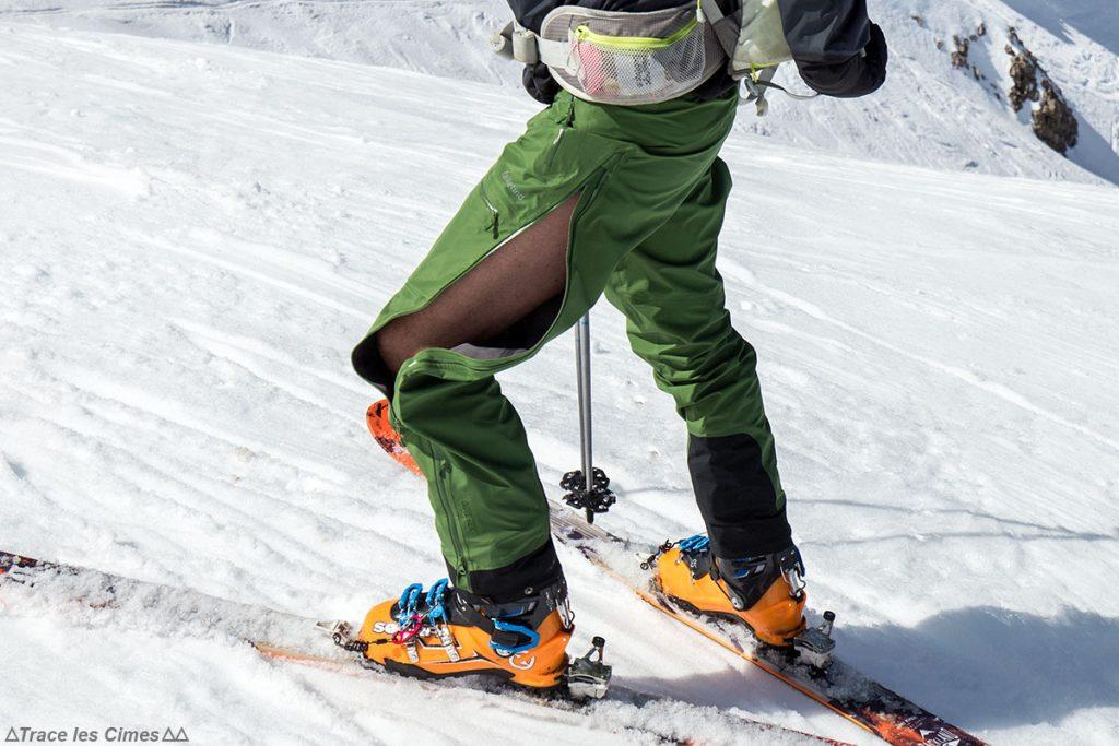 Teste de calças FALKETIND NORRØNA Gore-Tex: abertura lateral, ventilação durante o alpinismo de esqui (botas Maestrale Scarpa)