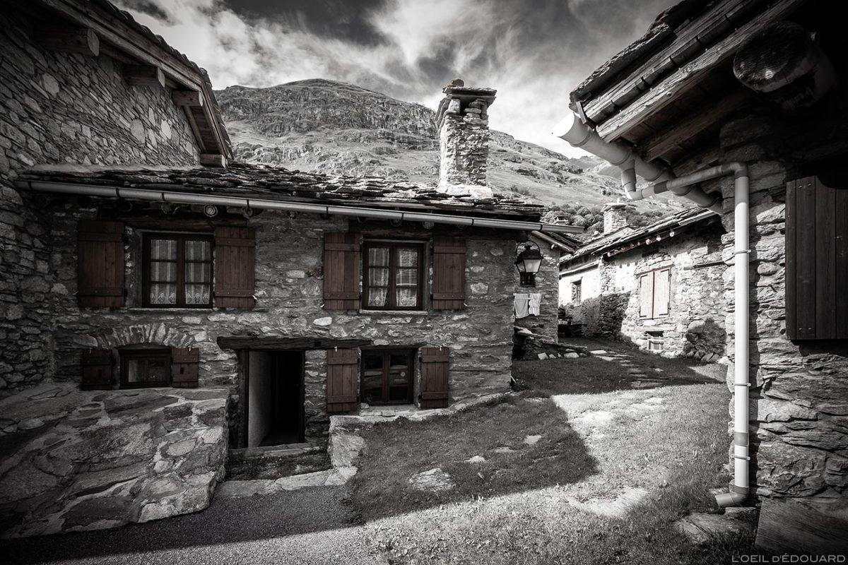 Casa de pedra na aldeia de Bonneval-sur-Arc - Haute Maurienne Alps Savoy