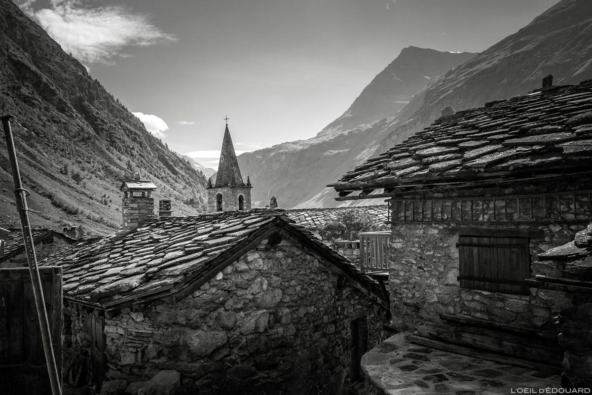Telhados de ardósia nas casas de Bonneval-sur-Arc - Alpes de Haute Maurienne, Sabóia © L'Oeil d'Édouard - Todos os direitos reservados © L'Oeil d'Édouard - Todos os direitos reservados