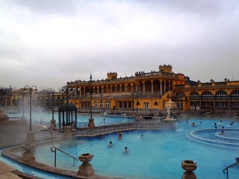 Banhos termais de Budapeste - siga seu próprio itinerário