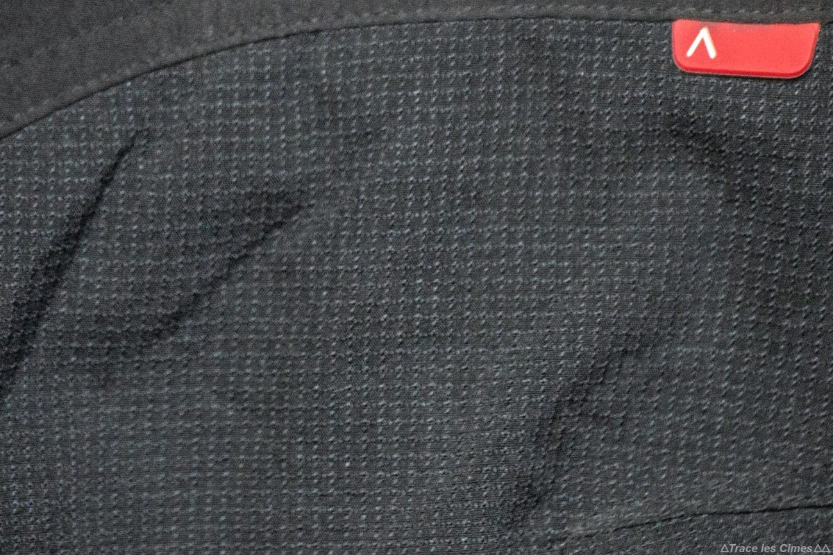 Teste de calças de caminhada CimAlp Explore H: reforços de Kevlar na avaliação do joelho / calças de trekking