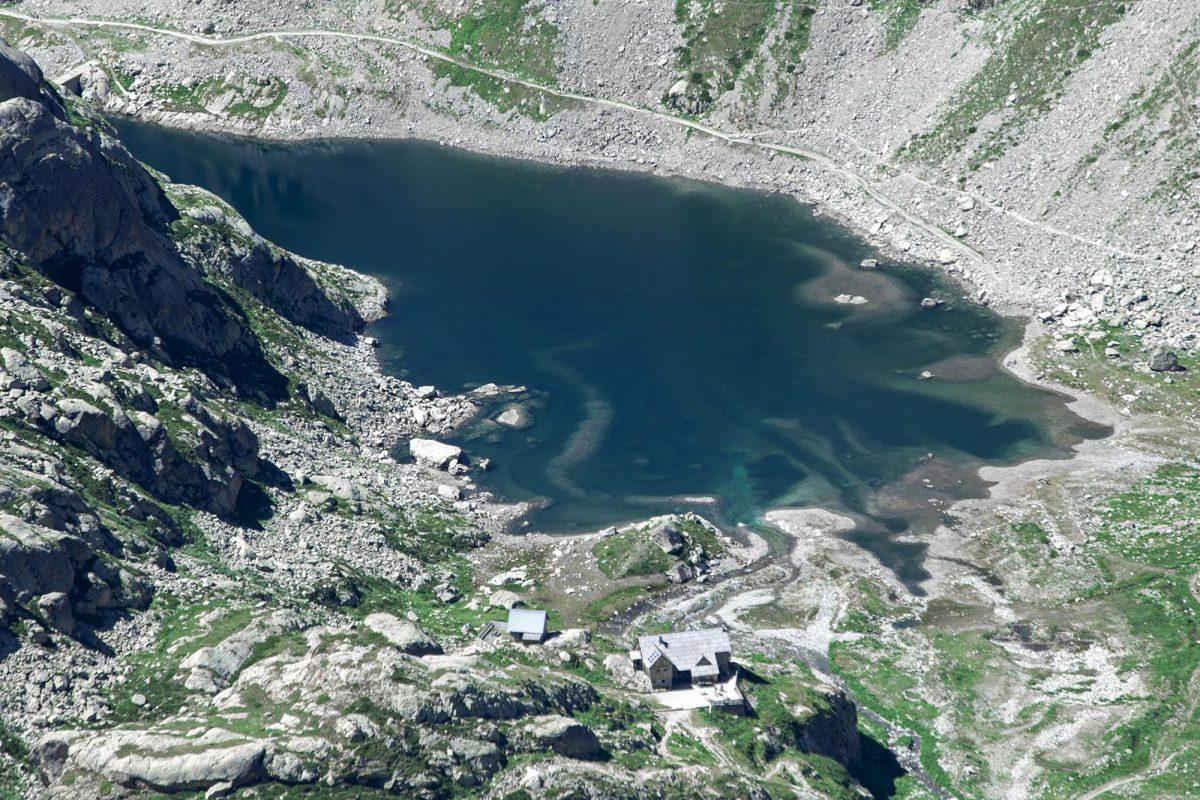 Caminhada Lac de la Fous - Maciço du Mercantour Alpes-Maritimes Provença-Alpes-Côte d'Azur / Paisagem Caminhada na montanha Paisagem ao ar livre Lago de montanha Caminhada Caminhada Trekking
