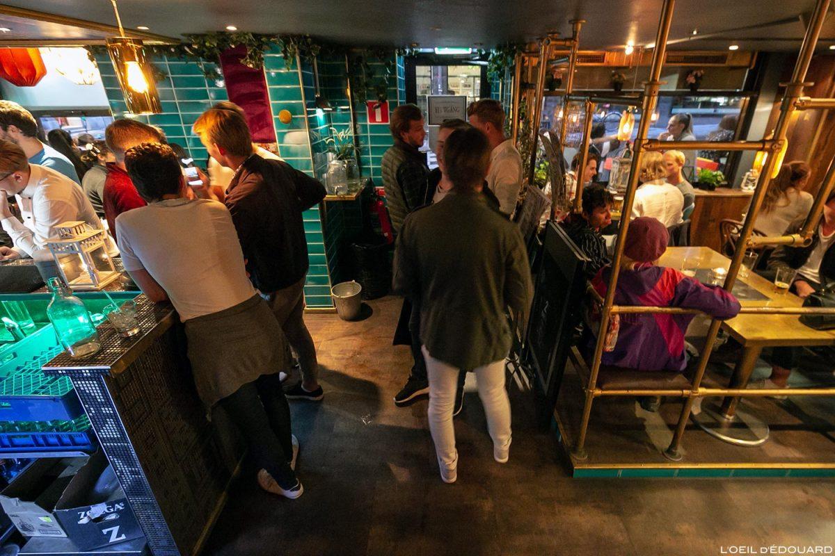 Bar Baras Cheek, Estocolmo Suécia Suécia Suécia