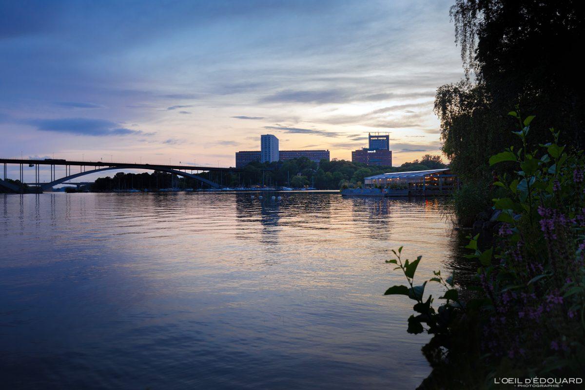 Chaise longue em Norr Mälarstrands Kungsholmen Estocolmo Suécia Sverige Suécia Pôr do sol