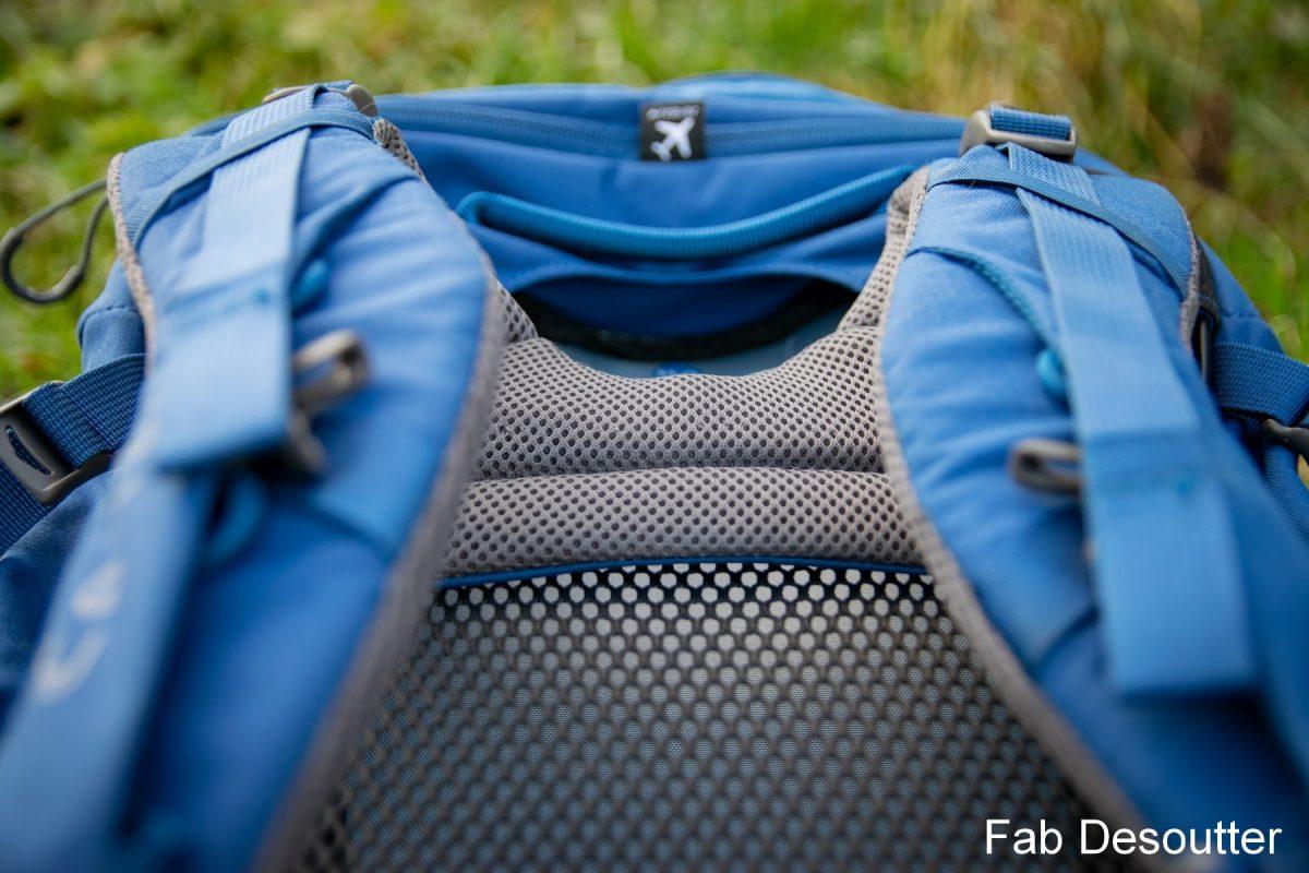 Teste de mochila Osprey Farpoint Trek 75 Teste de mochila