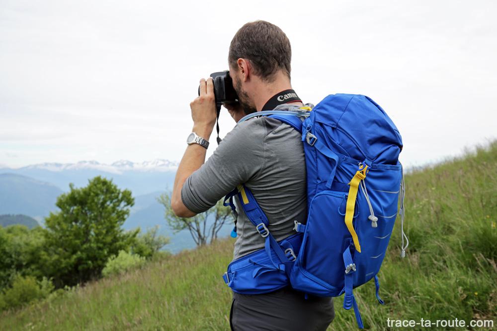 Experimente a mochila de câmera de caminhada LowePro Photo Sport BP 300 AW II