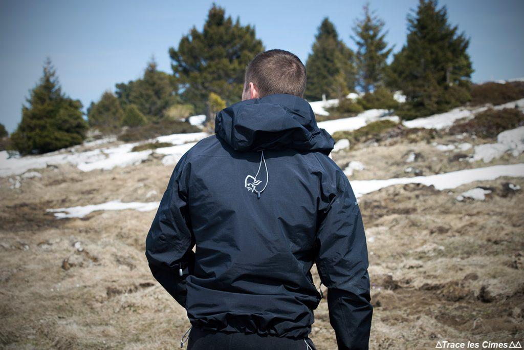 Jaqueta de teste TROLLVEGGEN NORRØNA Gore-Tex Nota: Caminhada na montanha