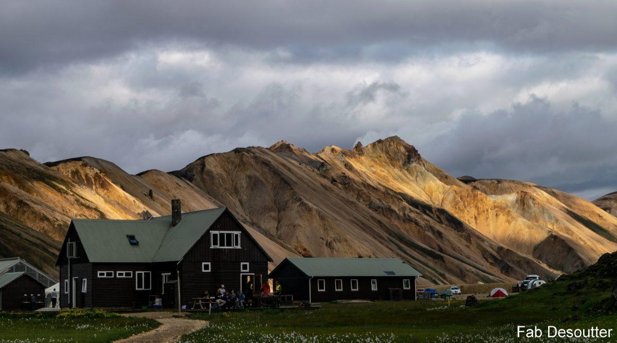 Landmannalaugar Island Refuge Mountain Trekking Island Landscape Mountain Islensk Outdoor Wild