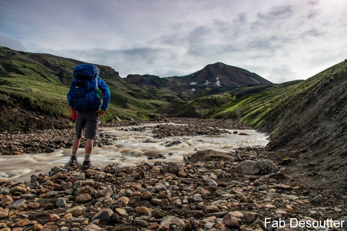 Caminhada Paisagem Laugavegur Landmannalaugar Montanha Thorsmörk Islândia Montanha Rio Trekking Islândia Montanha Paisagem Rio Islensk Selvagem