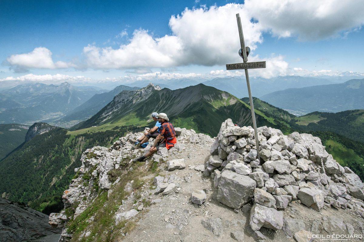 Sommet Arcalod Massif des Bauges Savoie Alps França montanha caminhadas paisagem - montanha paisagem alpina caminhada ao cume caminhadas ao ar livre