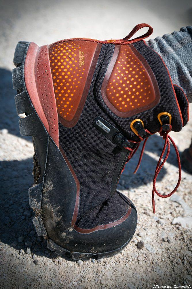 Teste técnico de tênis de montanha Forge S - Botas de caminhada para caminhada