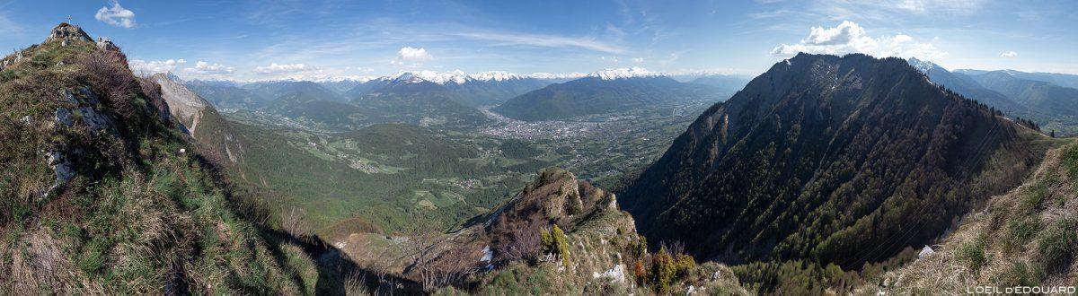 Vista de Roc Rouge (ou La Négresse) entre La Belle Étoile e Dent de Cons Bauges Alpes Savoy - paisagem montanhosa caminhada ao ar livre paisagem montanhosa